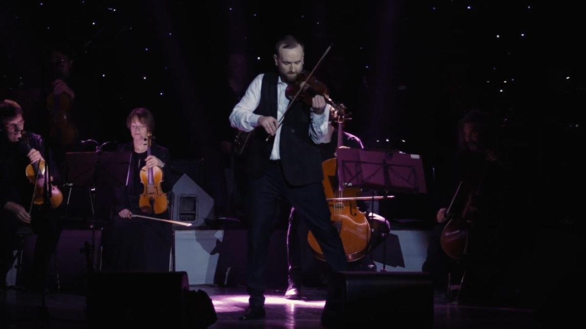 Драйвове музичне шоу покаже Олександр Божик тернополянам 11 січня (Відео)