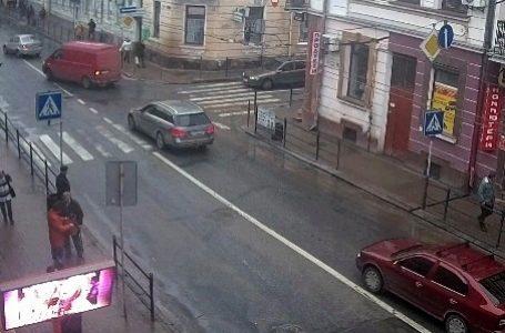 У центрі Тернополя переносять пішохідні переходи
